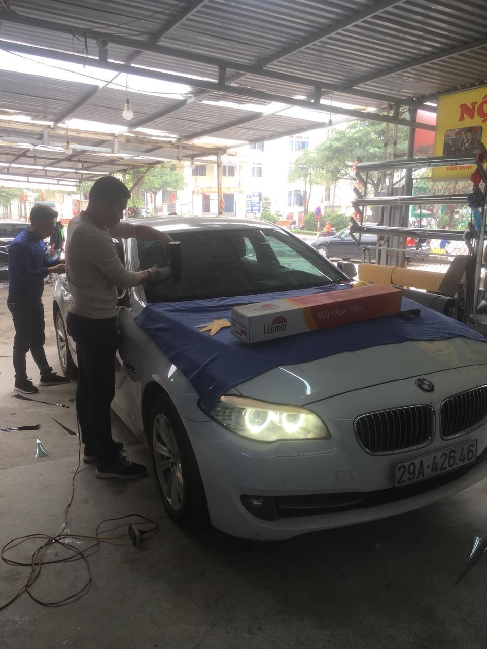 DÁN PHIM CÁCH NHIỆT 3M XE BMW